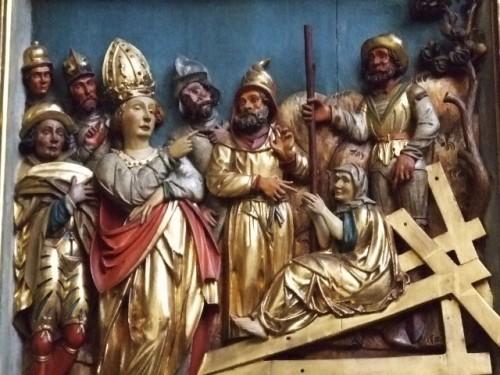 Hallazgo de la Vera Cruz. Relieve de la iglesia de Überingen, Alemania.