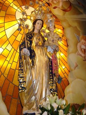 María Santísima, Madre del Salvador como Divina Pastora. Acireale, Italia.