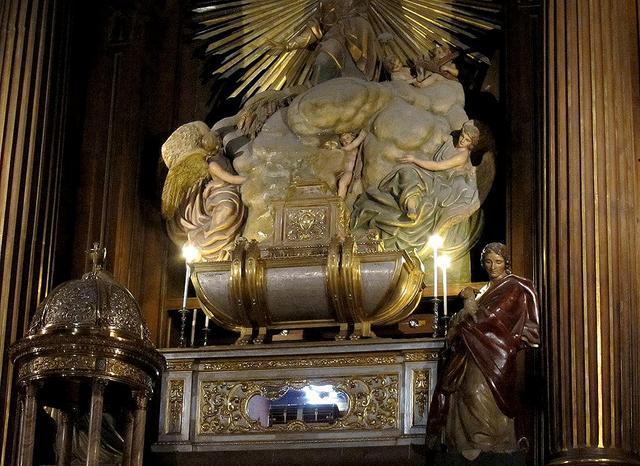 Sepulcro de los Santos. Colegiata de San Isidro, Madrid (España).