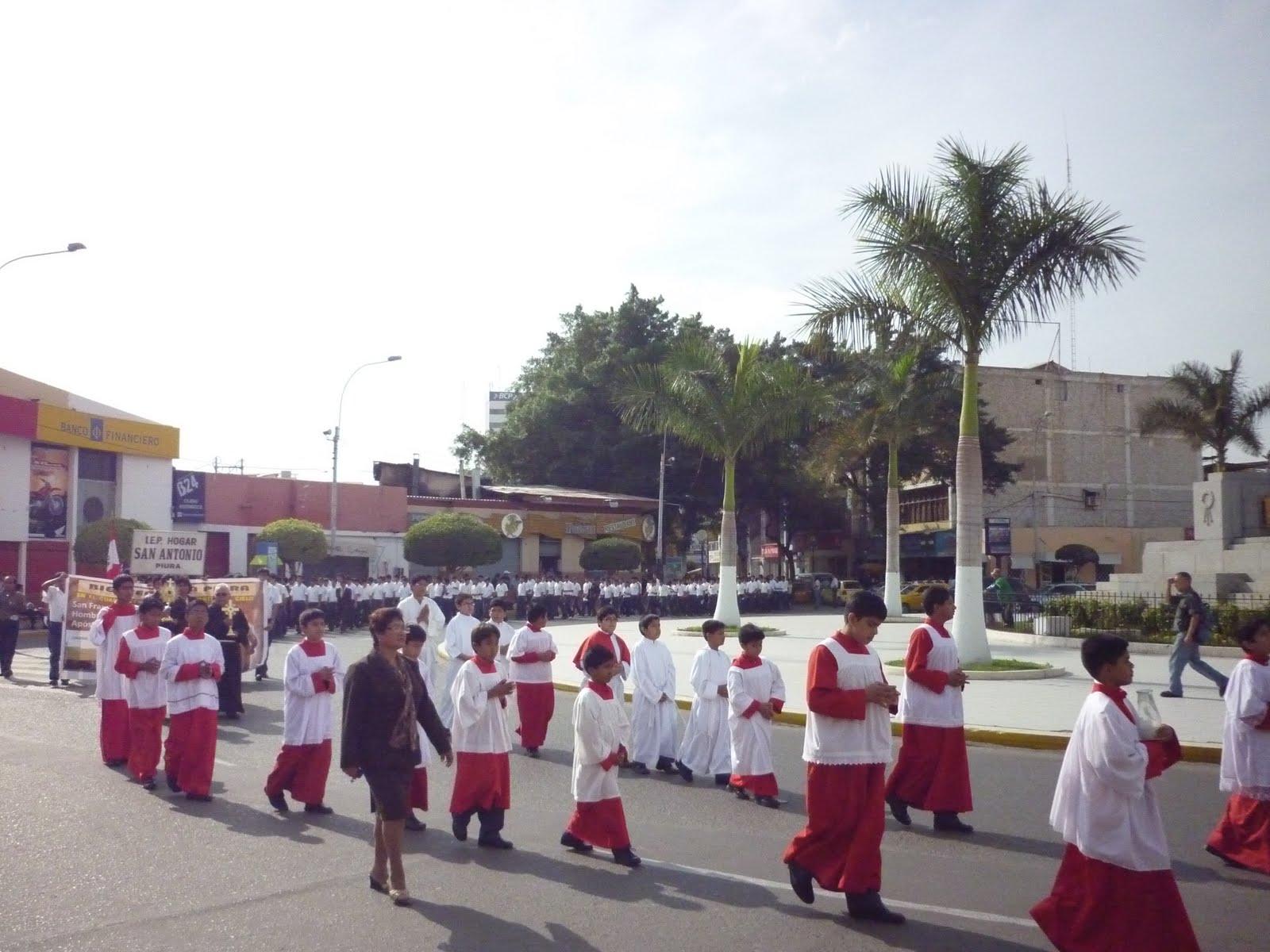 Reliquias del Santo sacadas en procesión en Piura (Perú), el 2 de septiembre de 2010.