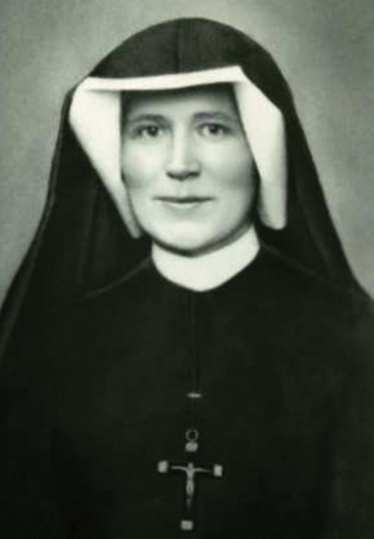 Santa Faustina Kowalska, ruega por nosotros.