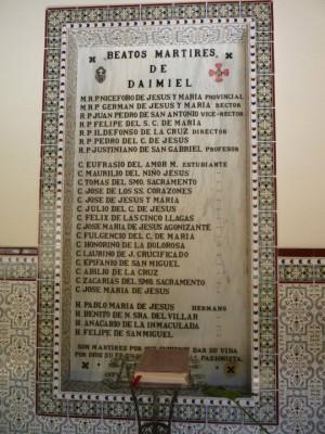 Lápida con los nombres de todos los mártires. Daimiel, Ciudad Real (España).