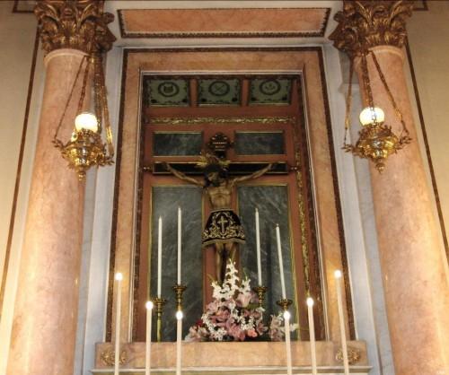 Vista de la venerada imagen en su altar. Iglesia de Santa Mónica, Valencia (España).