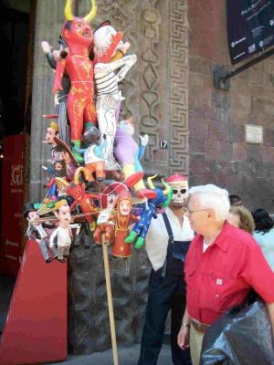 Vendedor de Judas en las calles de la ciudad de México.