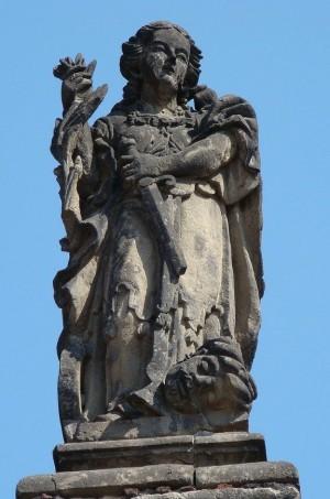 Imagen de Santa Catalina, mártir de Alejandría, que adorna la fachada del Sagrario Metropolitano, México D.F. (México).