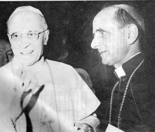 El Venerable Pablo VI junto al Venerable Pío XII, papa.