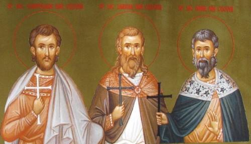 Detalle de los santos mártires de Ozovia en un icono del monasterio Diaconesti (Rumanía): Quintiliano (izqda.), Máximo (centro) y Dadas (dcha.)
