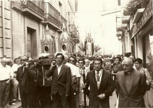 Procesión de las reliquias de San Jerónimo Hermosilla, en su localidad natal, el día 19 de septiembre de 1987.