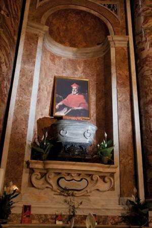 Sepulcro del Venerable en la iglesia de Santa Maria in Vallicella, Roma (Italia).