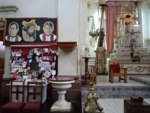 Sepulcro de los Santos. Parroquia de San Felipe apóstol en Cuquío, México.