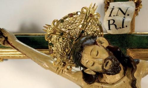 Detalle del rostro del Cristo del Carmen. Colegiata de Xàtiva, Valencia (España).