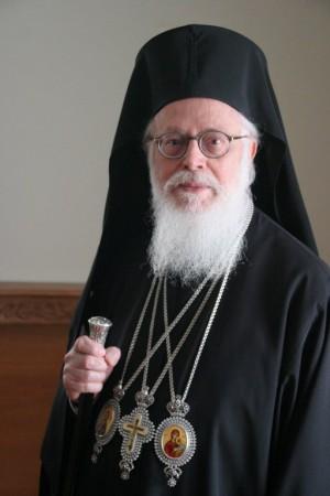 Su Beatitud Anastasios Yannulatos, arzobispo de Tirana, de Durrës y de toda Albania.