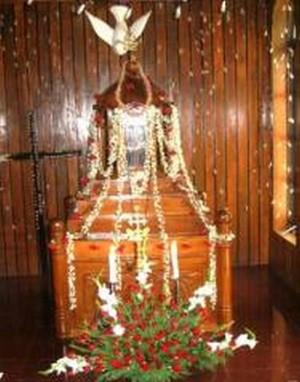 Tumba en la iglesia de Santa Maria de Panaji (India).