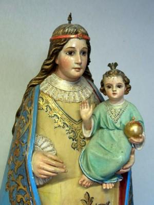 Detalle de la Virgen de l'Avellà de Catí sin la corona.