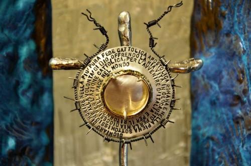 Relicario de su beatificación (su anillo de bodas).