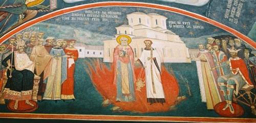 Milagro del Santo: Nicodemo cruza el fuego sin ser dañado, en presencia del rey Segismundo. Fresco ortodoxo en el monasterio de Tismana (Rumanía).