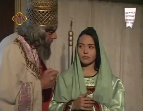 Senakherib trata de convencer a su hija para que renuncie al cristianismo. Escena de la película copta.