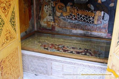 Tumba del Santo en el monasterio Dionysiou, monte Athos (Grecia).