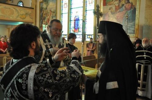 Liturgia de los Dones Presantificados celebrada en el monasterio de San Ticón de Zadonsk en Waymart, PA (EEUU).