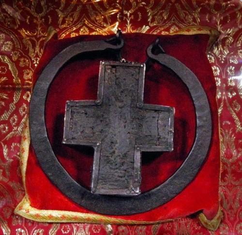 Cruz pectoral del Santo, en Megisti Lavra.