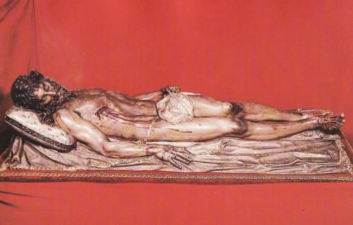 Vista completa del Cristo yacente de Gregorio Fernández (s.XVII), más conocido como Cristo de El Pardo.