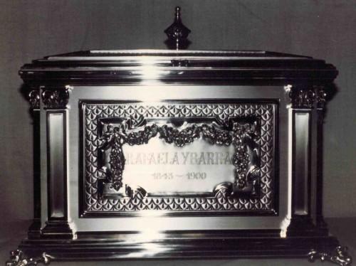 Urna que contiene las reliquias de la Beata.
