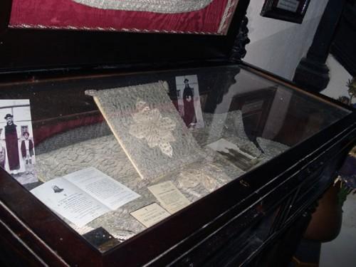 Recuerdos del Beato expuestos en el monasterio de El Parral.