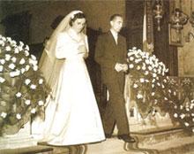Fotografía de la Santa el día de su boda con Pedro Molla.