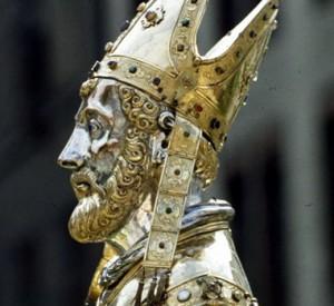Busto que conserva el cráneo y que custodia en el tesoro de su basílica en Maastricht, Holanda.