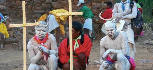 Celebración de la Semana Santa en una comunidad Raramuri.