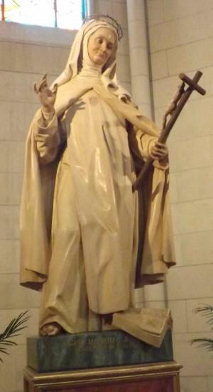 Escultura de la Beata en su capilla de la catedral de la Almudena, Madrid (España). Fotografía: David Garrido.