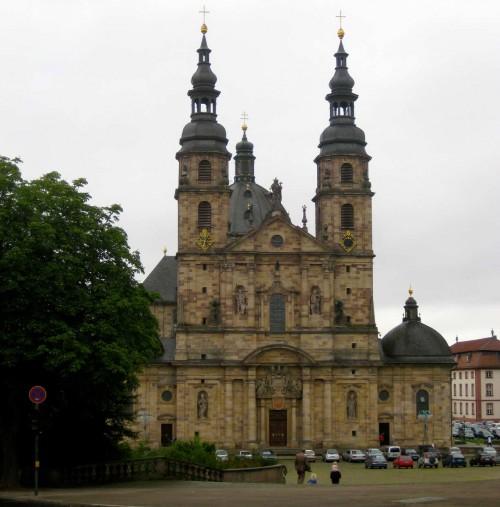 Iglesia del monasterio de Fulda (Alemania), fundación de San Bonifacio.