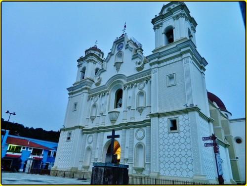 Santuario de la Virgen de Juquila, Oaxaca, México.
