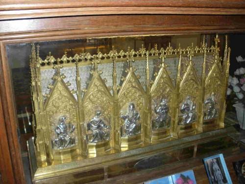 Urna que contiene las reliquias de la Santa.