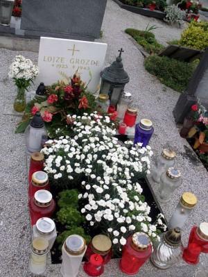 Primera tumba del Beato en el cementerio de Sentrupert.