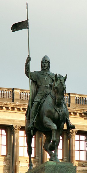 Escultura del Santo en Praga, República Checa.
