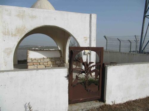 Tumba de Gedeón en la cordillera de Gidonum, Itamar, Asentamiento israelí en las montañas de Samaría.