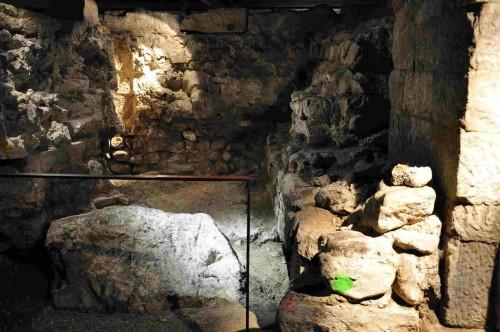 Cripta de la Wasserkirche, Zurich (Suiza). Lugar del martirio de los Santos.