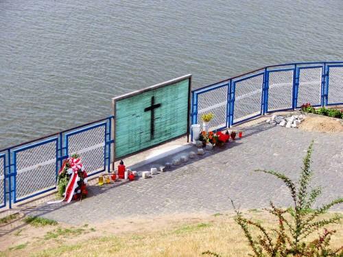 Lugar desde donde el Beato fue arrojado al río Vístula.