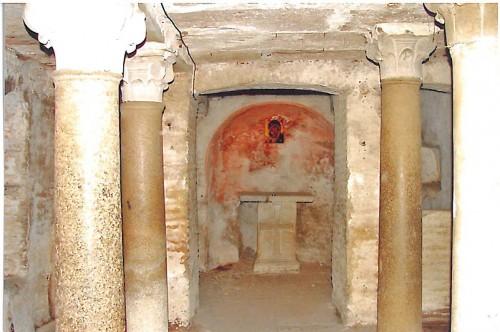 Sepulcro de Santa Cirila. Cripta de Santa Maria in Cosmedin, Roma (Italia)l