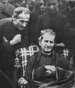 El Beato junto a San Juan Bosco en su visita a Barcelona, España.