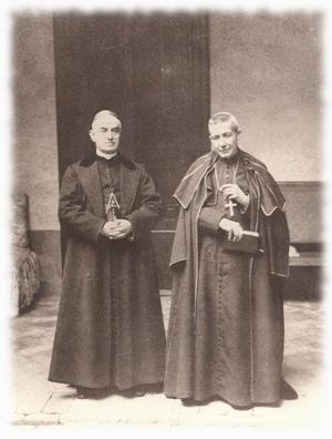 Fotografia del Beato junto al también beato y cardenal Marcelo Spinola.