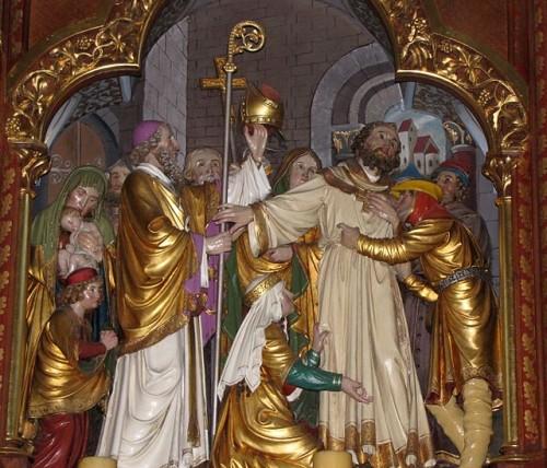 El Santo es elegido obispo. Relieve decimonónico en un retablo de la iglesia de Pfaffenheim, Francia.