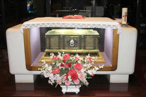 Vista de la urna-relicario del Beato. Fotografía cortesía de los Trinitarios de Algorta.