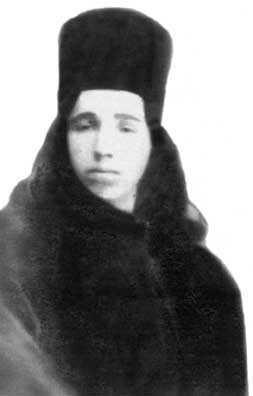 El joven monje Cleopa.