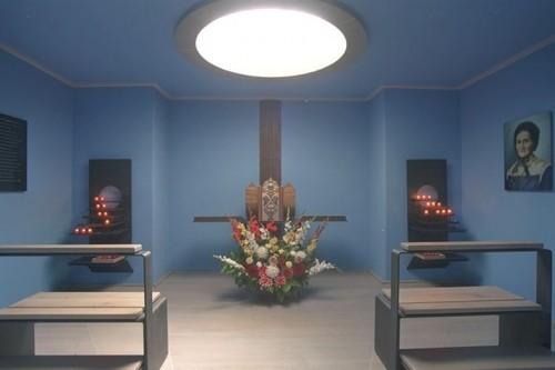 Relicario de la Beata en la capilla de su pueblo natal.