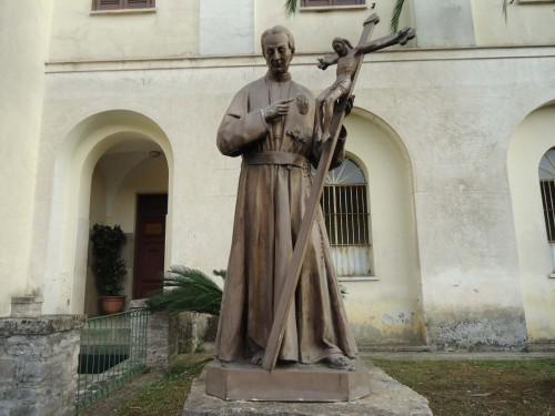 Escultura del santo en el Santuario Della Cività.