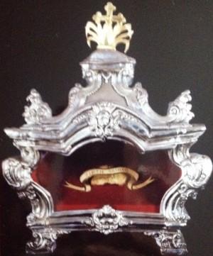 Urna con parte del cráneo de la Santa. Milán, Italia.