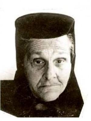 Fotografía de la madre Teodosia Latcu, ya anciana, en su hábito de monja ortodoxa.