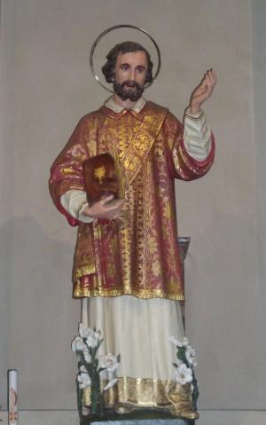 Escultura en la parroquia de su localidad natal: Cucciago (Como), Italia.